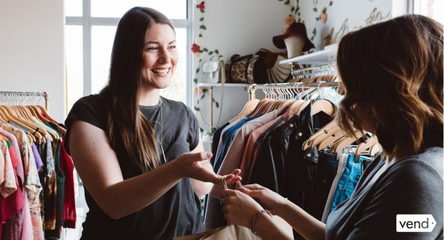 10 Examples of Good Customer Service in Retail (and How to Apply Them to Your Stores)