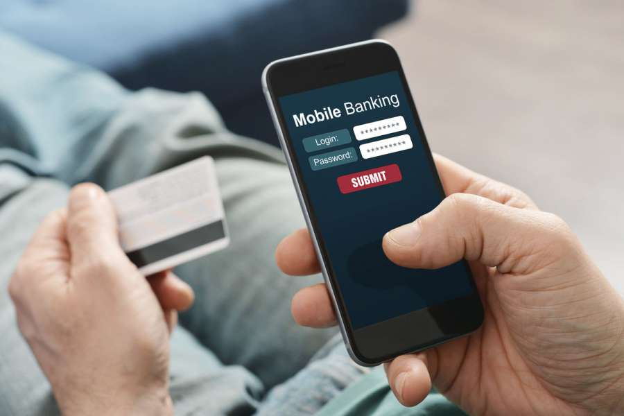 With access to finance, the number of Internet and mobile banking users has increased.